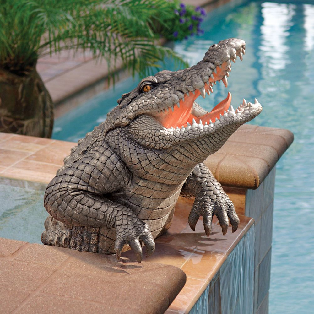 Florida swamp gator alligator sculpture home garden pond for Alligator yard decoration