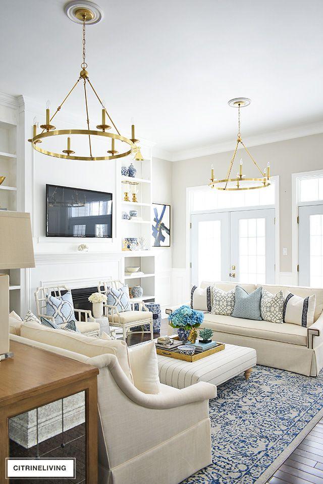 SPRING LIVING ROOM DECORATING: BLUE + WHITE #havenlylivingroom