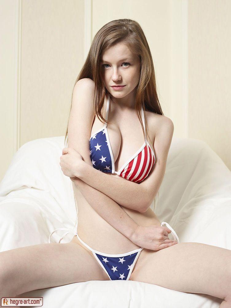 Emily Bloom naked (86 foto) Porno, Facebook, see through