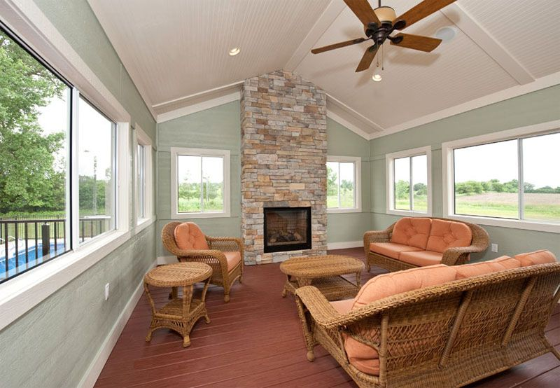Four seasons room with fireplace and ceiling fan k v for Four season rooms with fireplaces