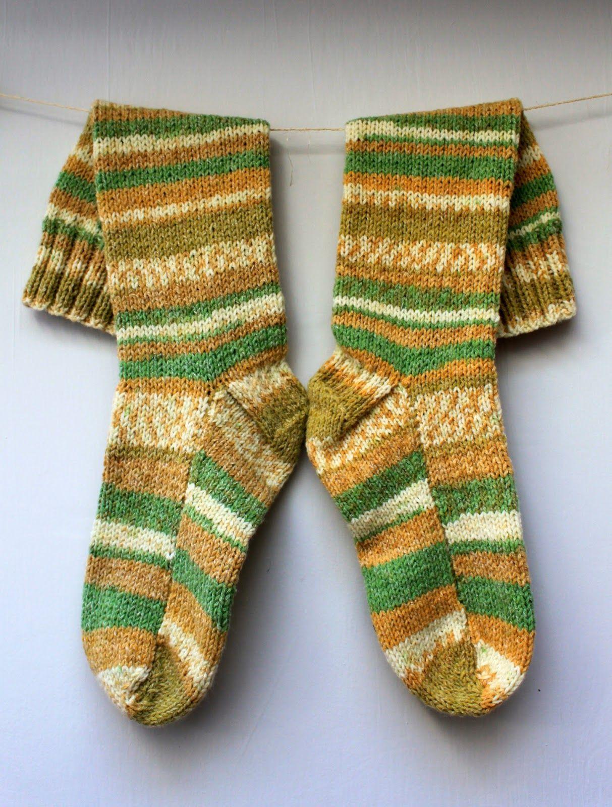 Hand Knitted Things: Sirdar Crofter DK Socks on Straight Needles ...