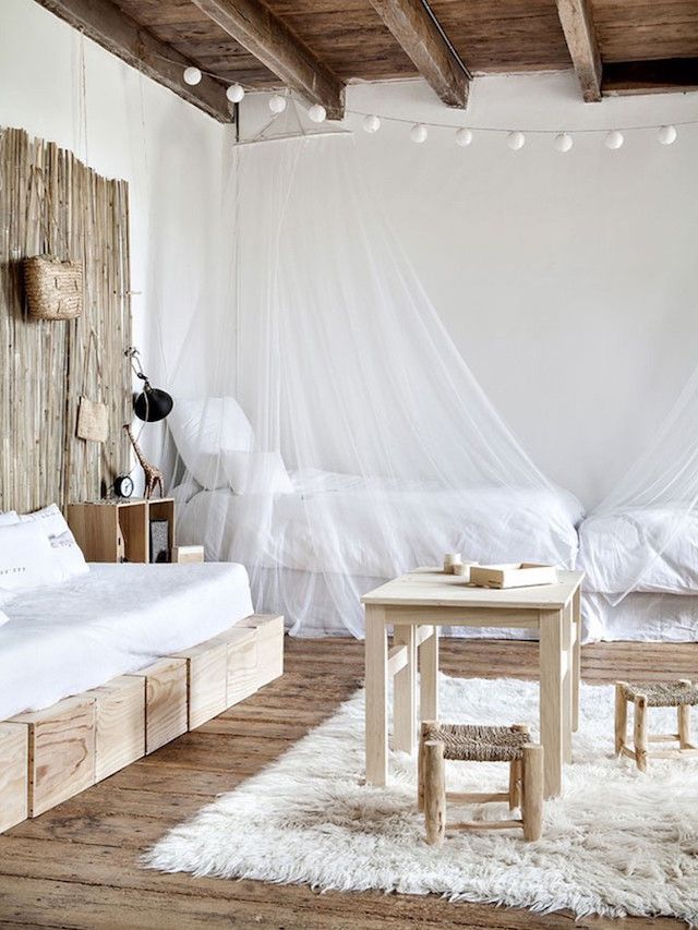 Visit Wooden daybed, Daybed and Bedrooms