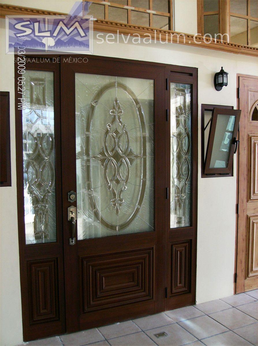 Pin de arianna lopez en puertas pinterest aluminio for Vidrios para puertas principales