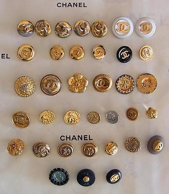 CHANEL ★34 Diverse Chanel Knöpfe ★Konvolut Chanel Knöpfe ★ Gold, Silber, Schwarz