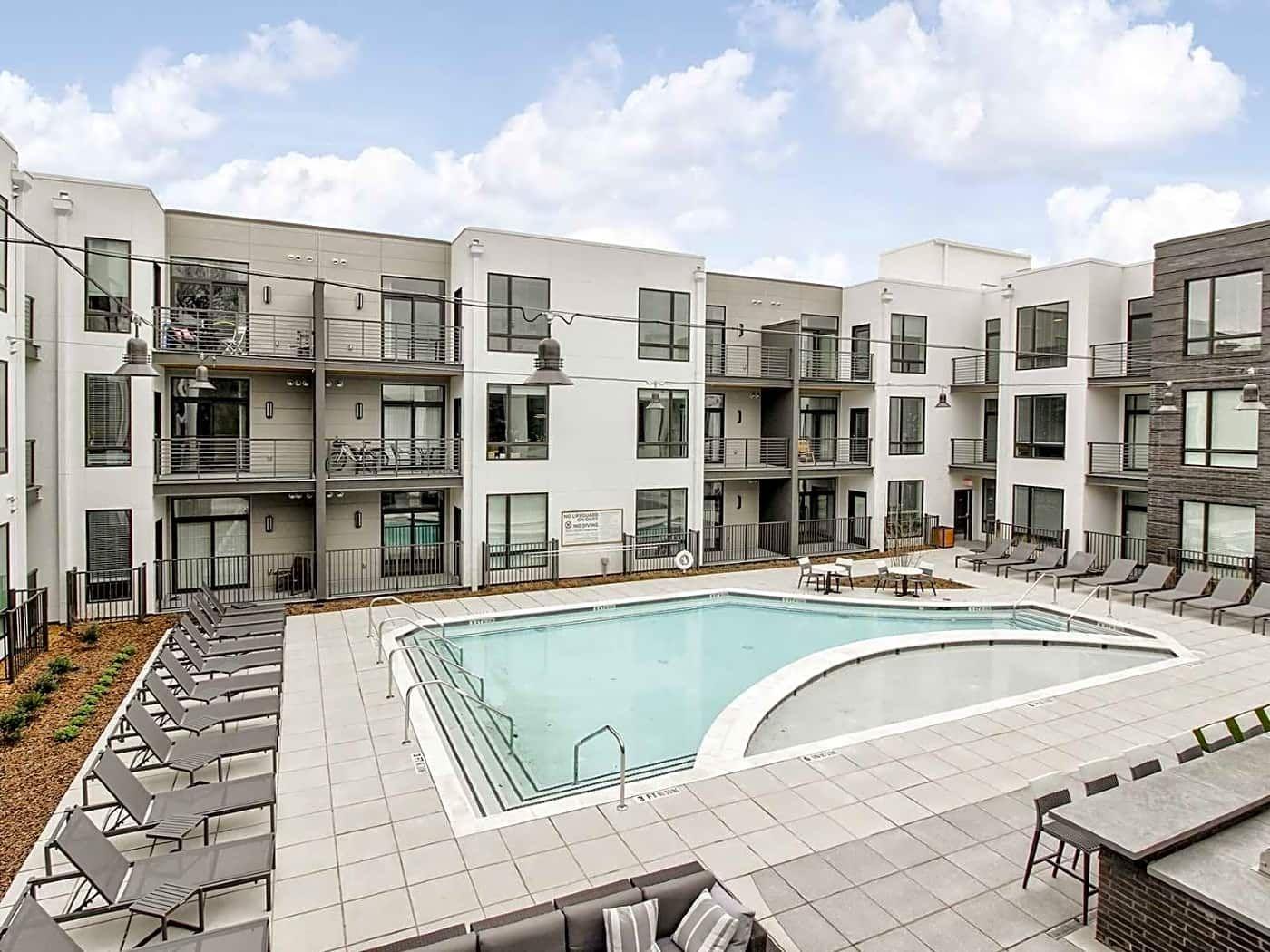 V21 21st Avenue South Nashville, TN Apartments for