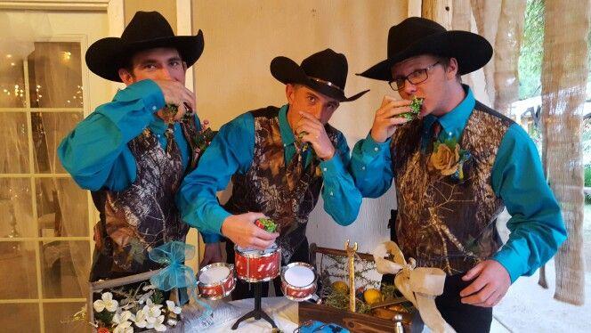 Groomsmen Teal Camo Pink And Burlap Wedding Camouflage Wedding Camo Wedding Dresses Blue Camo Wedding