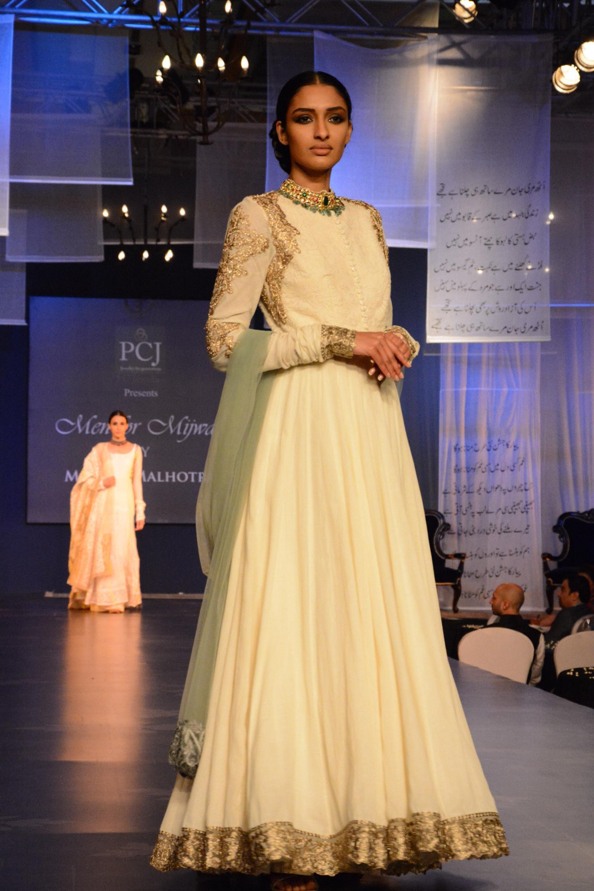 Pin by ambie sandhu on indian fashion pinterest manish mumbai