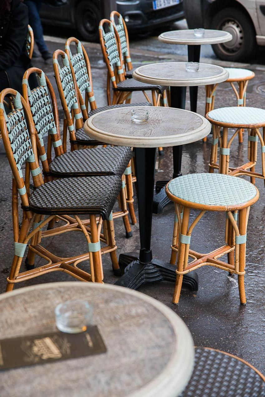 Terrasse Du Cafe Jussieu De Paris Chaises En Cannage De Maison Gatti Decoration Par Le Studio Emma Design Interieur Restaurant Interieur Bistro Chaise Rotin