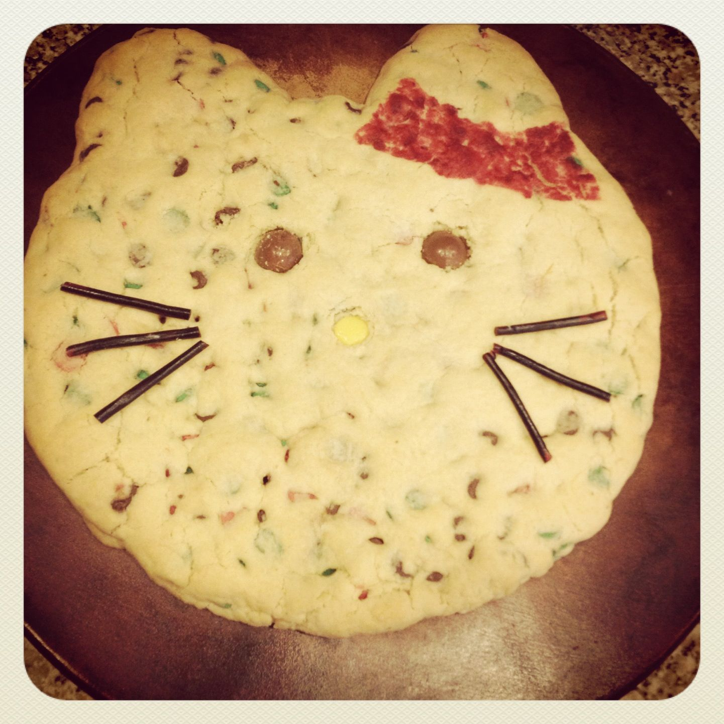 Hello Kitty cookie cake!