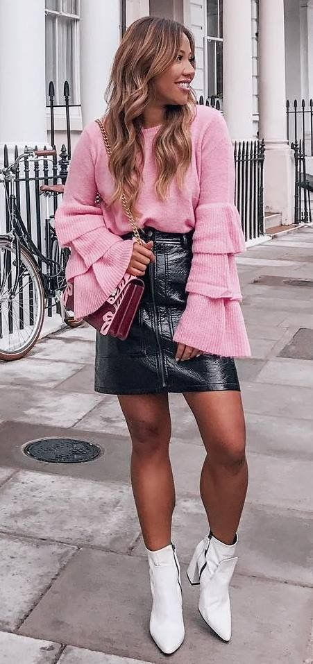 b195b511b fashion trends / pink sweater + bag + black leather skirt + white boots