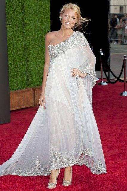Blake Lively's Wedding Dress Details | Marchesa, Wedding and ...