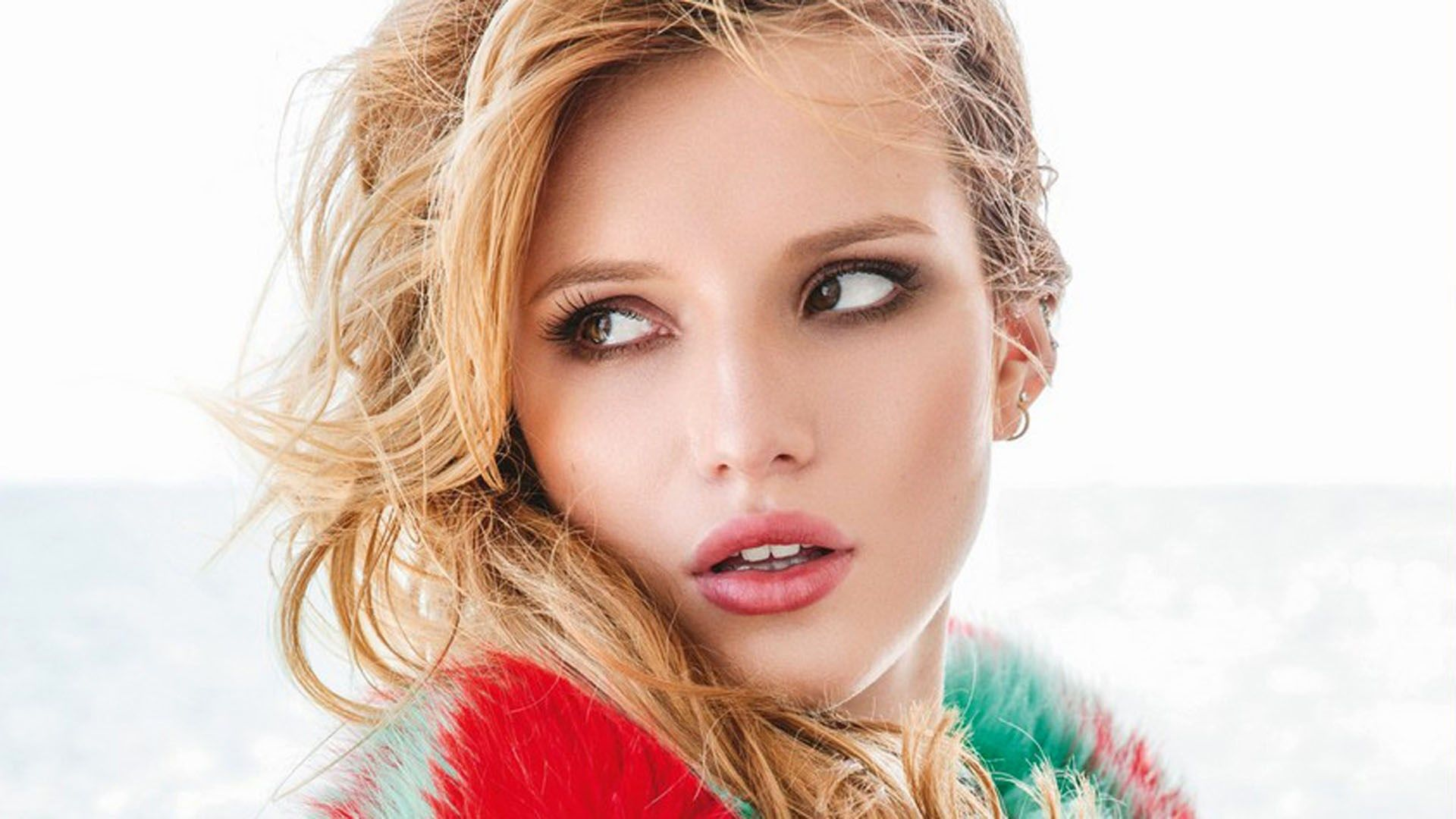 wallpapers for theme hd bella thorne in high resolution