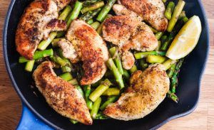 One Pan Lemon Garlic Chicken and Asparagus – Weight Watchers Recipes