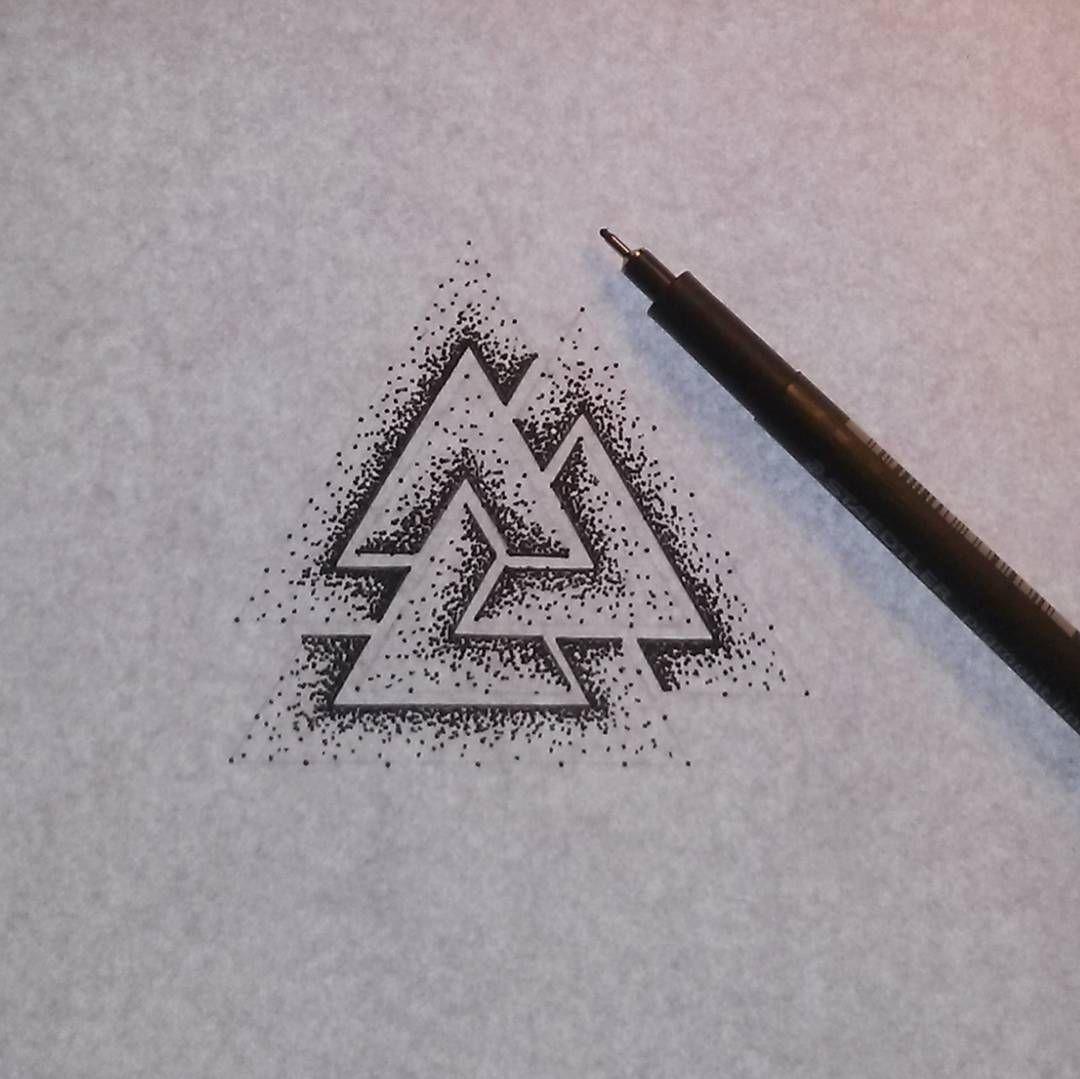 tatouage triangle frere et soeur. Black Bedroom Furniture Sets. Home Design Ideas