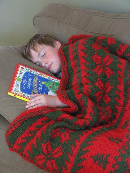 Brava Holiday Afghan Pattern | Knitted afghans, Christmas ...