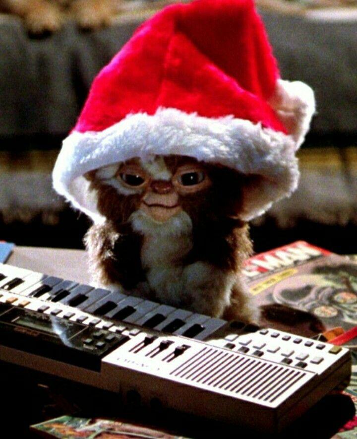 Aww Gizmo Gremlins Gremlins Gremlins Gizmo Christmas Movies