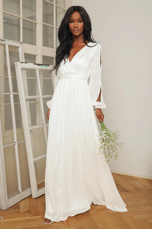 Divine Love White Striped Long Sleeve Maxi Dress Long Sleeve Flowy Maxi Dress Maxi Dress With Sleeves Long Sleeve Dress Formal [ 1500 x 1000 Pixel ]