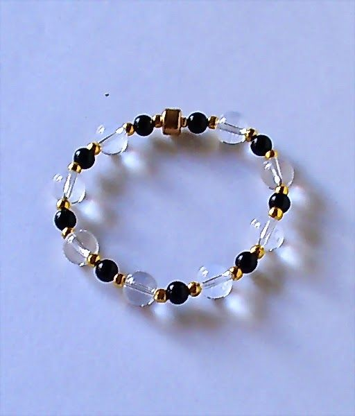 El Secreto Encanto De La Diva  - Look at this bracelet! Isn´t it pretty?