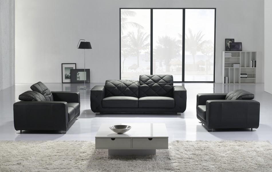 Stylish Sofa Set in Black Leather
