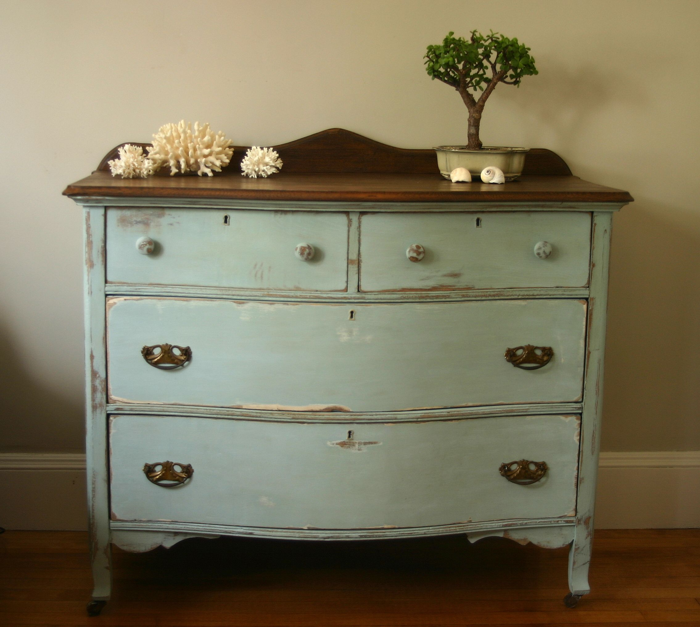 dresser update with annie sloan aubusson blue old white chalk paint cribstone cottage. Black Bedroom Furniture Sets. Home Design Ideas