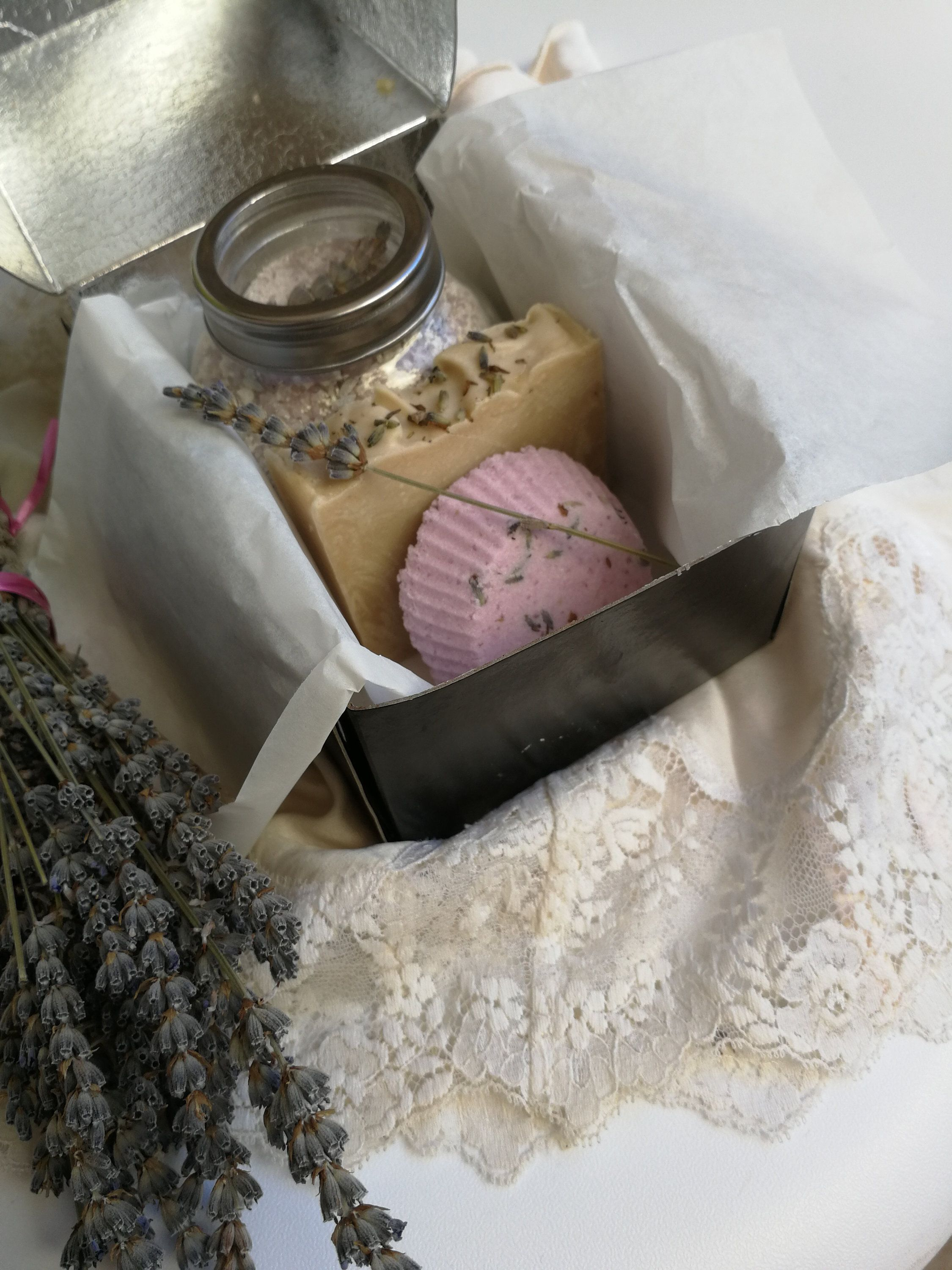 Lavender small spa gift set for her selfcare stress
