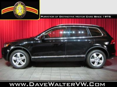 2012 Volkswagen Touareg Base http://www.iseecars.com/used-cars/used-volkswagen-for-sale