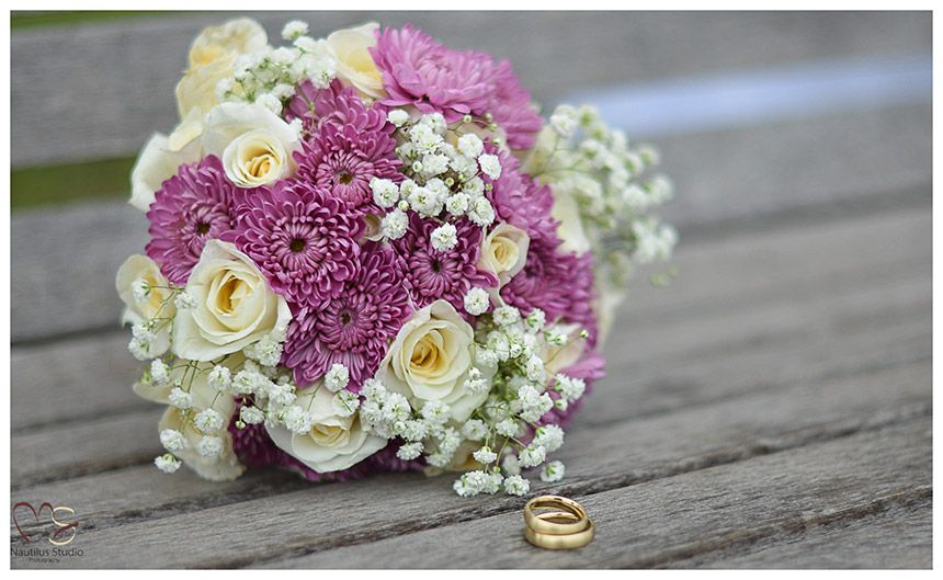 Inexpensive Flower Bridal Bouquet In Lavender And White