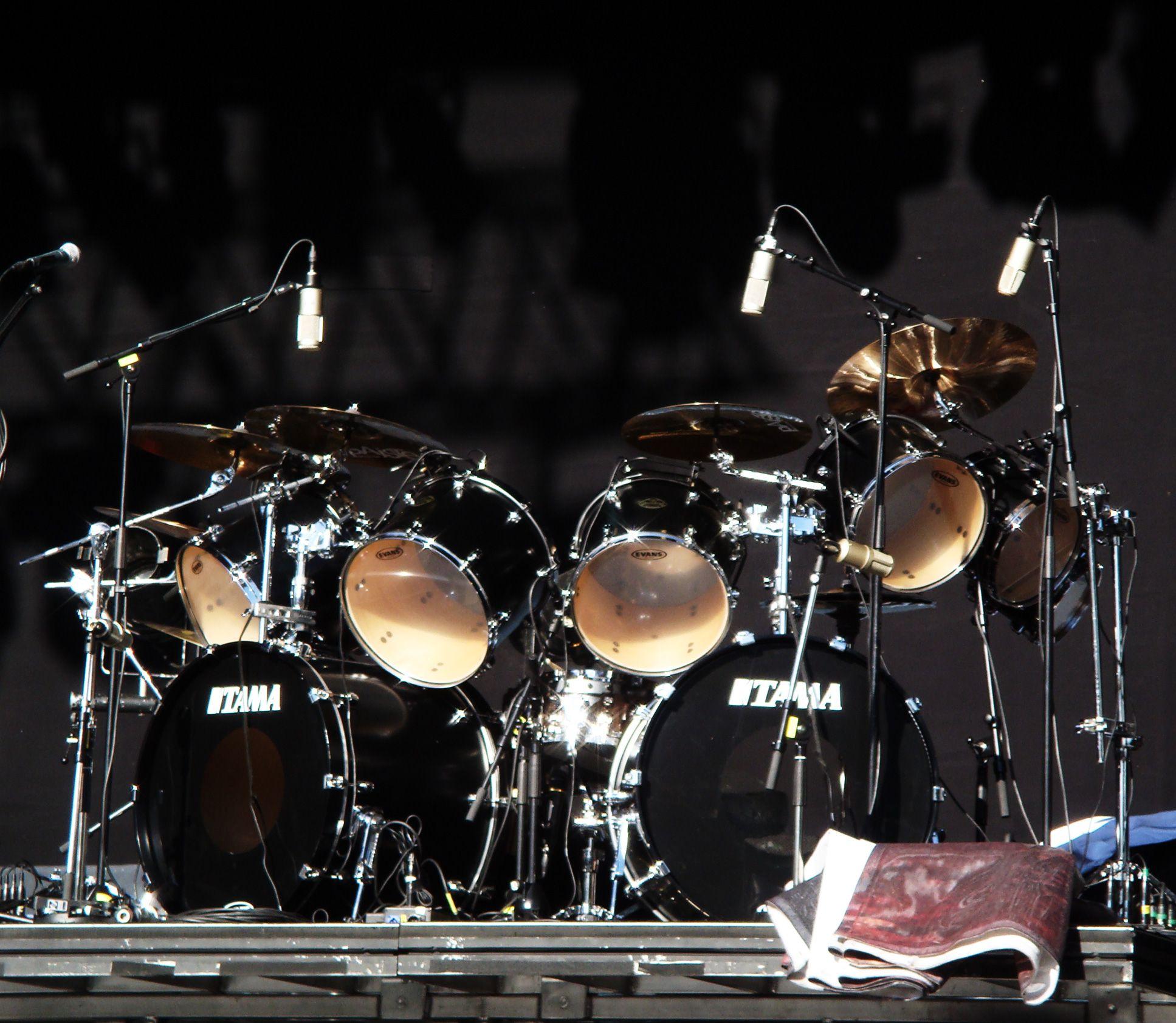 chrome tama drum set google search drums drums metal drum drum kits. Black Bedroom Furniture Sets. Home Design Ideas