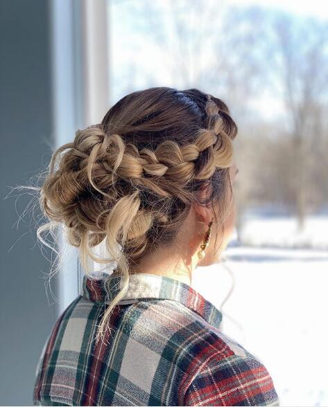 38 Cool Wedding Updo Hairstyles Perfect for You - Page 6 of 38 - Lead Hairstyles