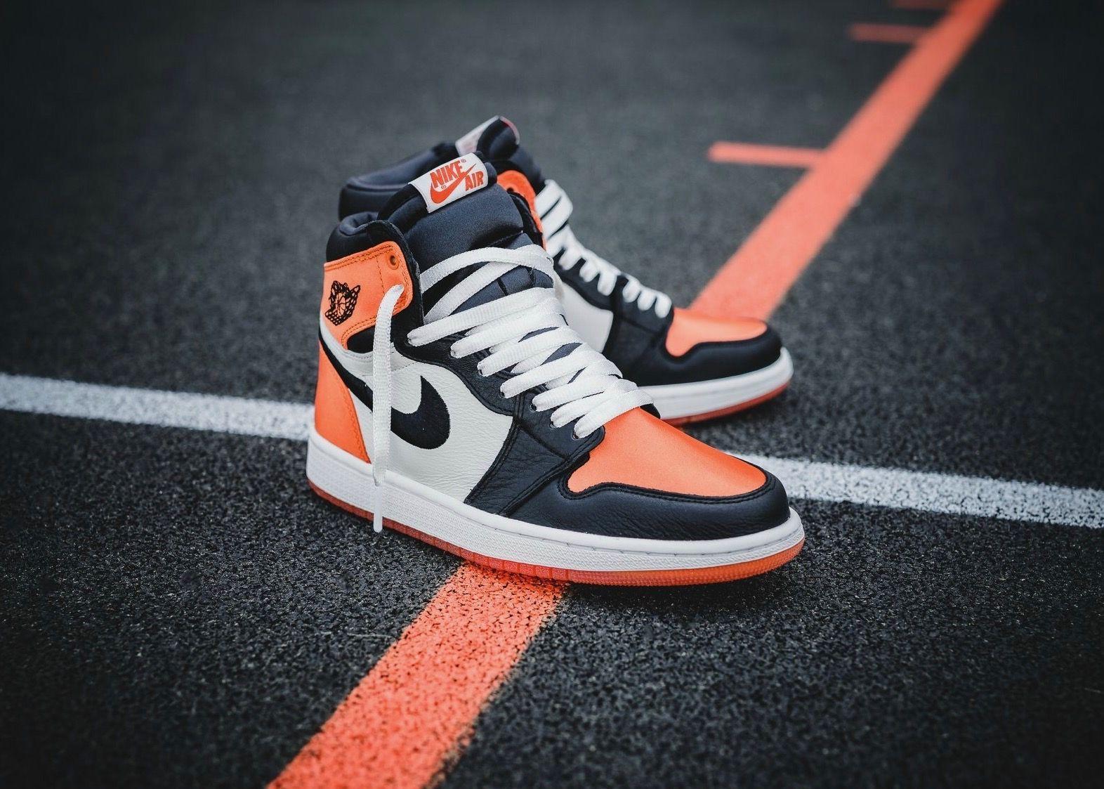328bd9251498 Nike Air Jordan 1