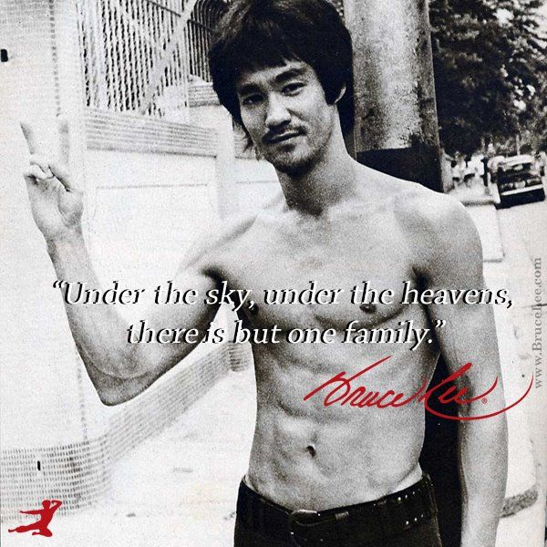 Bruce Lee - my first Asian love! <3