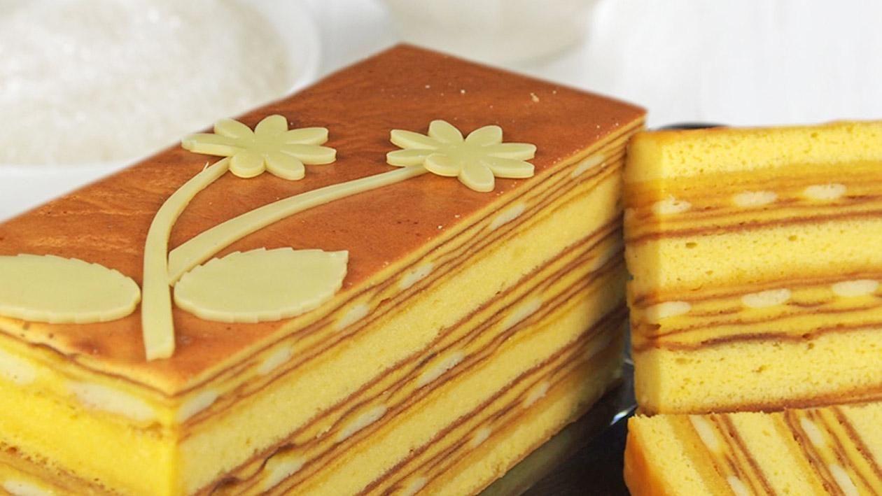Lapis Keju Modern Recipe Unilever Food Solutions Id Resep Kue Lapis Memanggang Kue Makanan Manis
