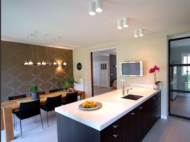 JvD keukens Moderne eiken fineer keuken