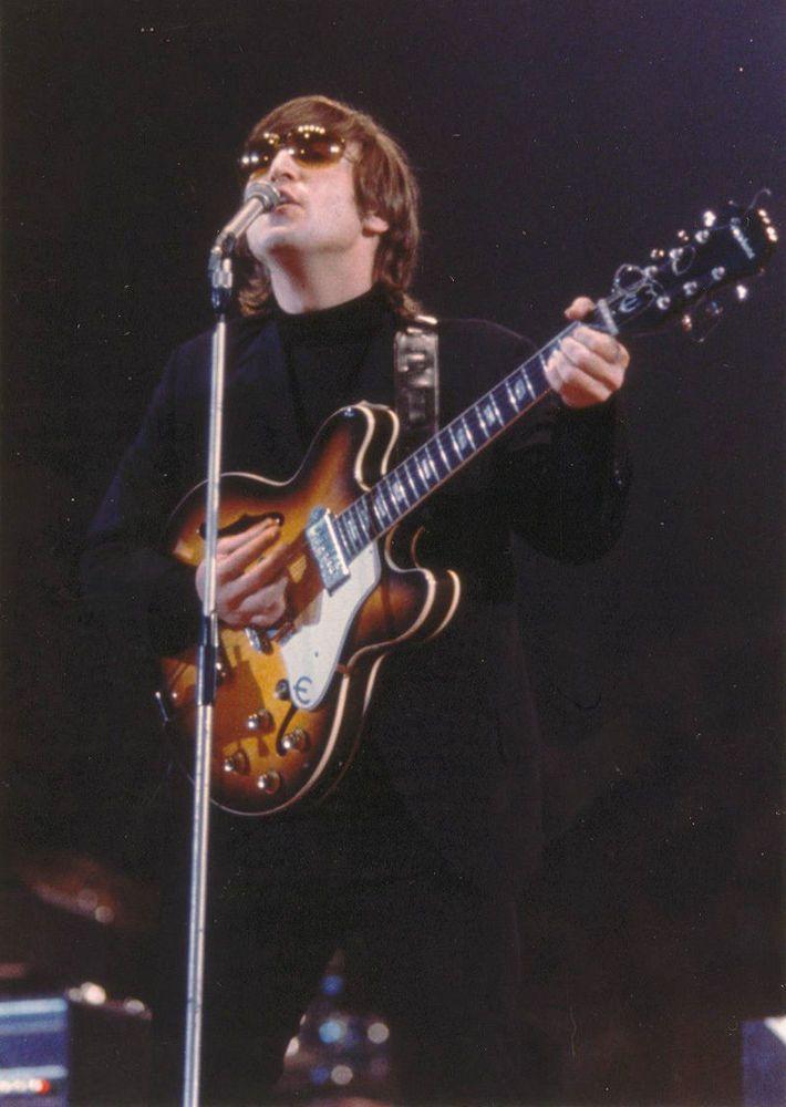 Rare Epiphone Casino Inspired By John Lennon 1965 Outfit Usa John Lennon Guitar John Lennon The Beatles