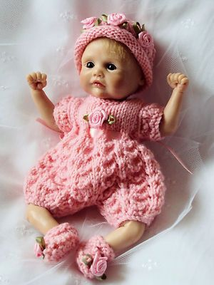 "hand knitted outfit for 6.5""-7"" doll or OOAK Sculpt Baby"