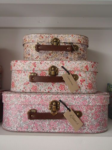 S Belle Vintage Fl Ditsy Storage Bo Suitcase Set Of 3