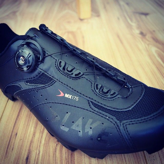 Lake Mx175 Mountain Bike Shoes Available At Salt Dog Cycling Free Uk And European Delivery Http Www S Lake Cycling Shoes Mountain Bike Shoes Cycling Shoes