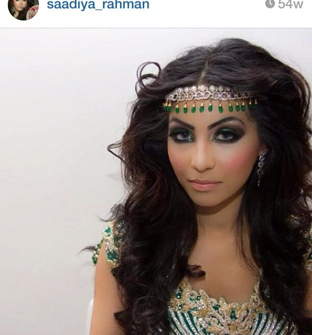 Desi Bridal Wedding Makeup Done By Amazing Artist Perfect Headpiece And Hair
