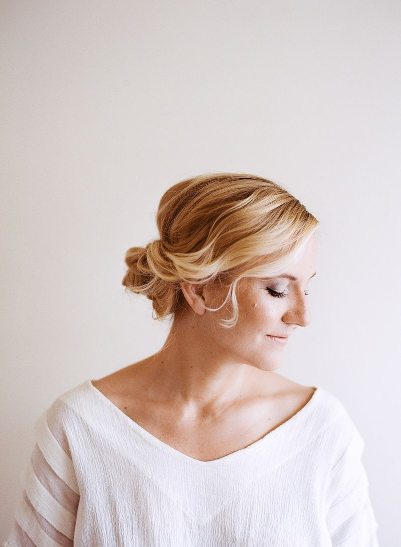 Hair tutorial easy pretty updo anne sage updo easy updo and