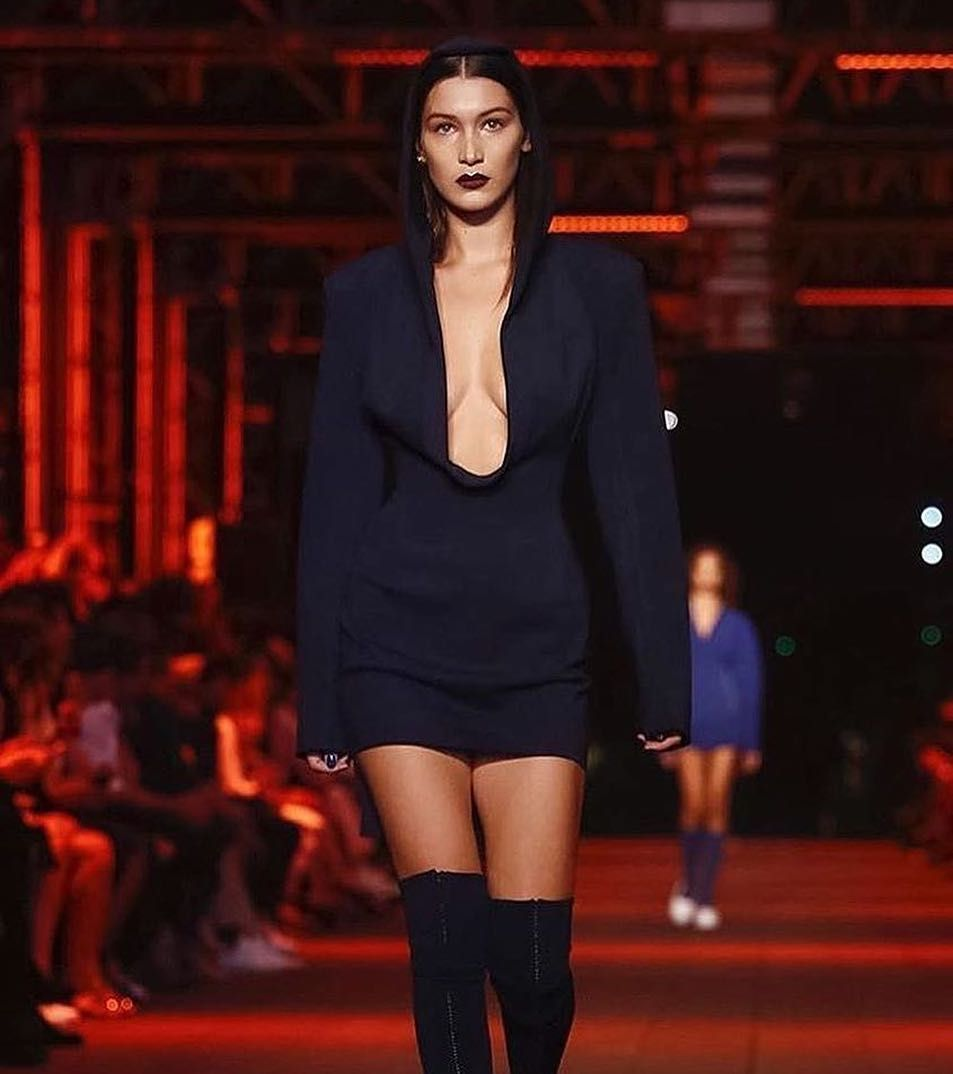 The one and only @Bellahadid opening for @dkny tonight.  #NYFW #Steevane #SV