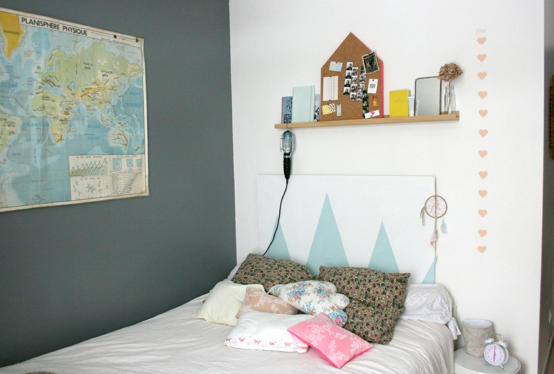 #Diy Decorating #Decorating Ideas How To Make An Original Headboard For The