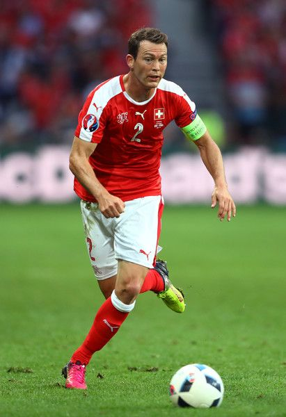 Stephan Lichtsteiner Photos Photos Switzerland V France Group A Uefa Euro 2016 Deportes Futbolero
