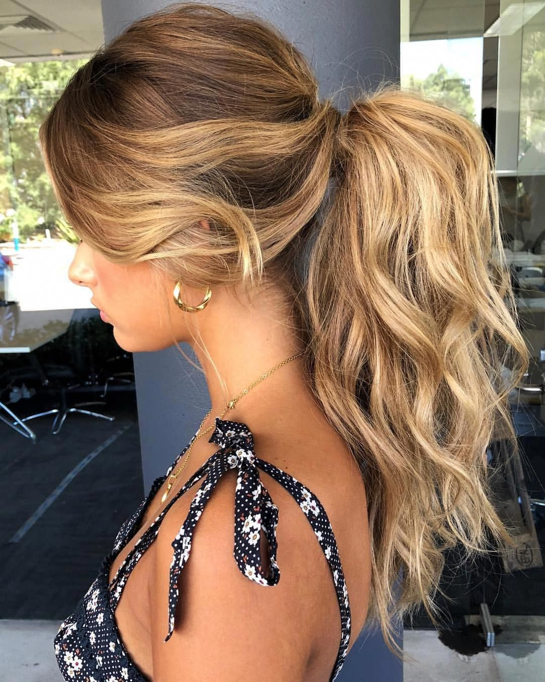 Simple easy prom hairstyles #easypromhairstyles | Beautiful Prom Hairstyles | Prom hair, Prom ...