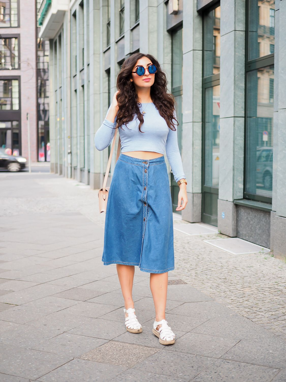 7925bf192c28 Denim Midi Skirt | Samieze Outfits