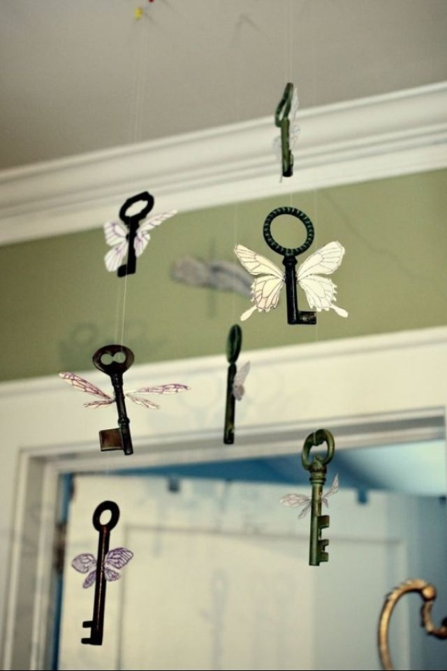 Love this! Would be cute with all the crazy keys we get from dad