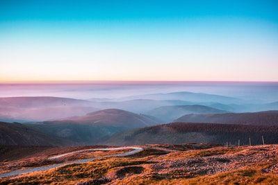 Parler Anglais En 30 Jours Apprendre L Anglais Apprendrelanglais Apprendrelanglaisrapidement Paysage Montagne Photographie De Paysage Apprendre L Anglais