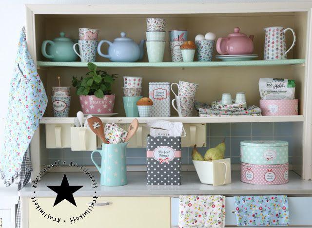 Foto Krasilnikoff * Küche pastell Shabby romantisch
