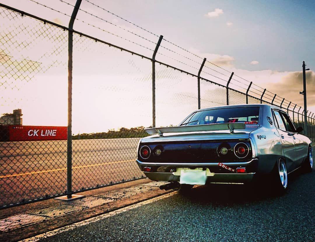 ケンメリのある風景 Car Oldcar Old Nissan Skyline Datsun 240k Fun Happy Instagood Photography Camera 車 旧車 スカイライン 日産 夕日 写真 カメラ スカイライン 風景 日産スカイライン
