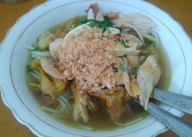 kuliner soto lamongan maknyuss dengan sambal korek di gresik pantas dicoba berburu soto sampai di kota