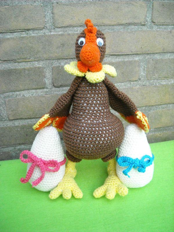 Bruine kip met grote eieren